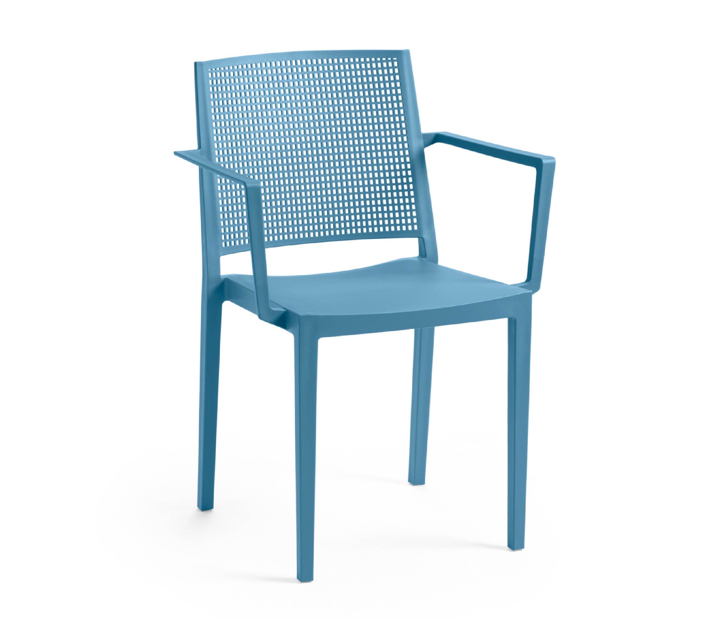 4 - TENSAI_FURNITURE_GRID_ARMCHAIR_plastic_chair_blue_color_white_background_612_001