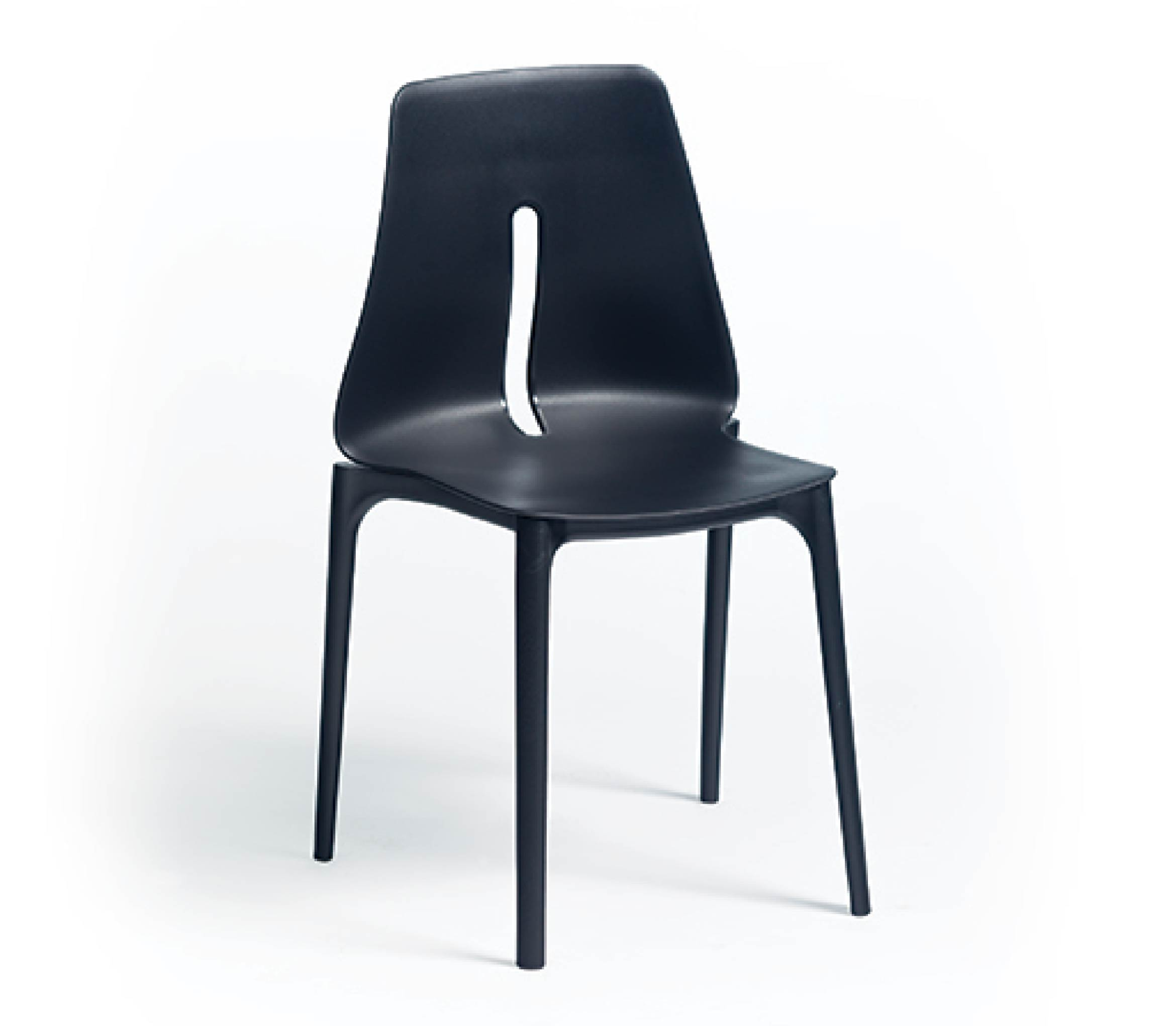 5_TENSAI_FURNITURE_OBLONG__plastic_chair_black_color_in_white_background_NG950_001